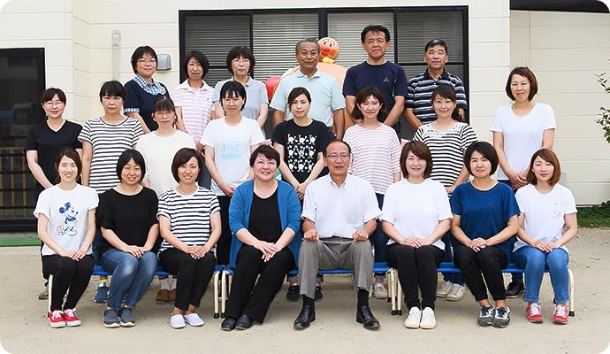 鶴岡幼稚園の先生たち